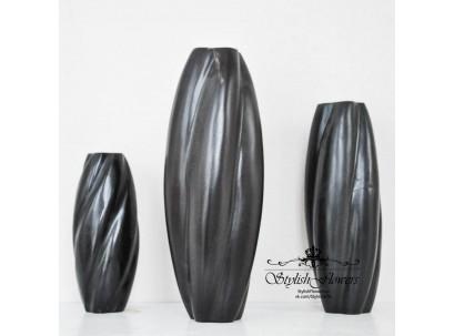Вазы из дерева манго черного цвета в крученом стиле